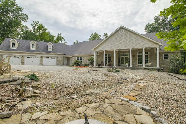 4458 Old Leipers Creek Rd, Columbia, TN 38401