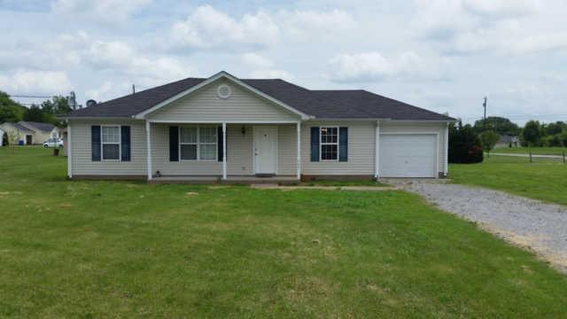402 Silver Lakes Ct, Murfreesboro, TN 37130