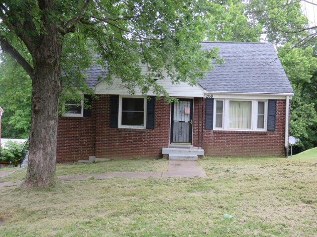 1158 Ridgeway Dr, Clarksville, TN 37040