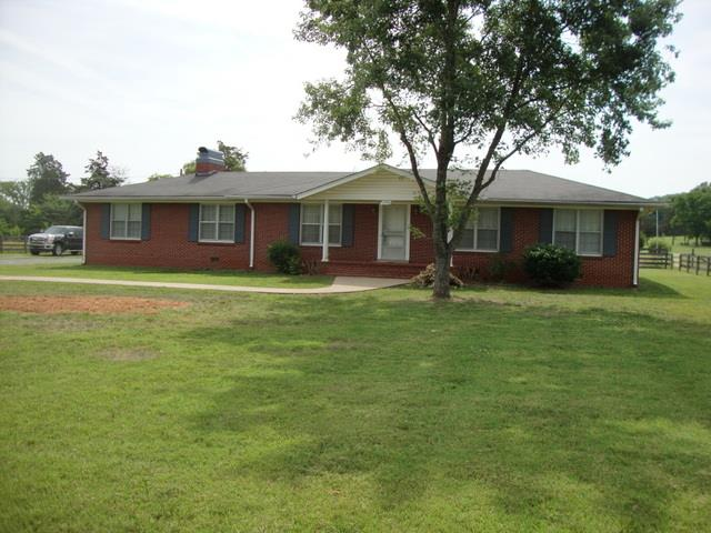 Rental Homes for Rent, ListingId:33923263, location: 1594 Twin Oak Drive Murfreesboro 37130