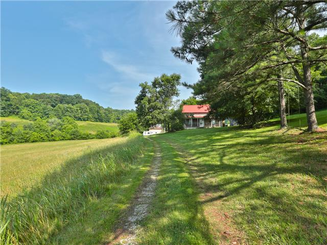 5593 Snow Creek Rd, Santa Fe, TN 38482
