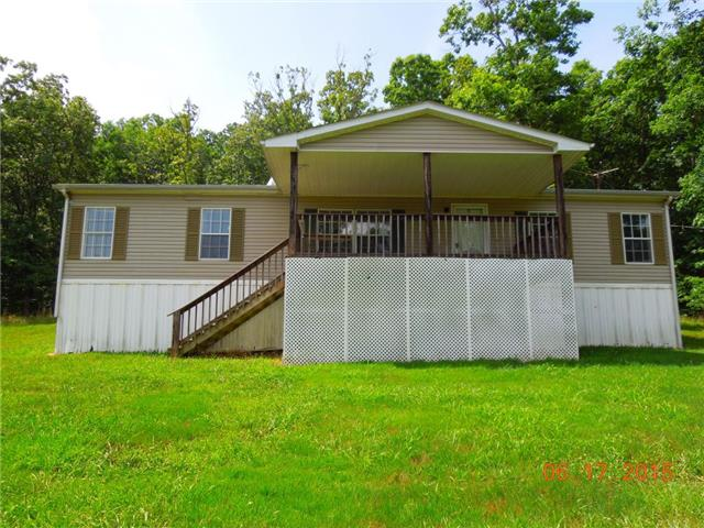 458 Traylor Branch Rd, Waverly, TN 37185