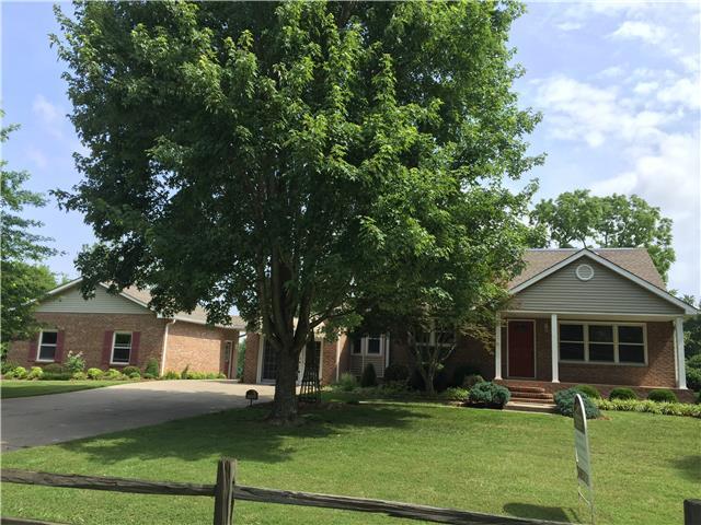 517 Hawkins Rd, Clarksville, TN 37040