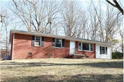 210 Yorktown Rd, Clarksville, TN 37042