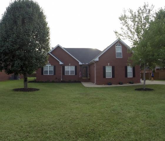 2006 Adonis Dr, Murfreesboro, TN 37128
