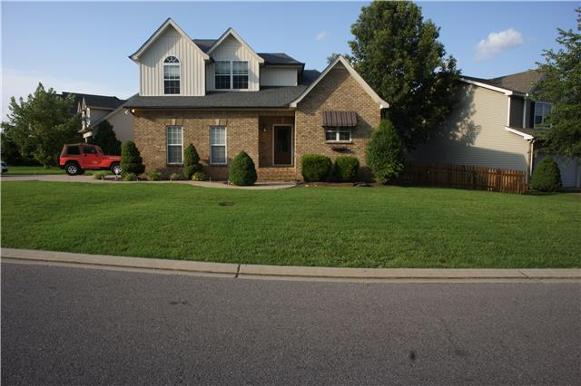 2476 Oak Hill Dr, Murfreesboro, TN 37130