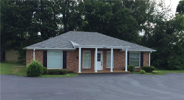 326 West Dr, White House, TN 37188