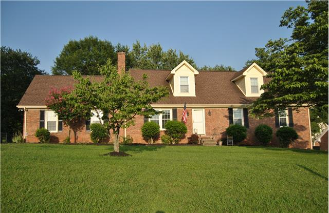 2110 Sulphur Springs Rd, Murfreesboro, TN 37129