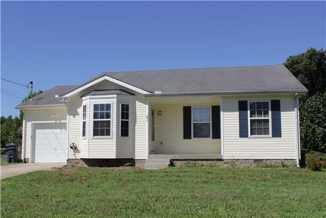 276 Golden Pond Ave, Oak Grove, KY 42262
