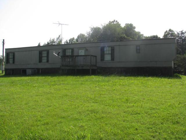 501 Billy Morse Rd, White Bluff, TN 37187