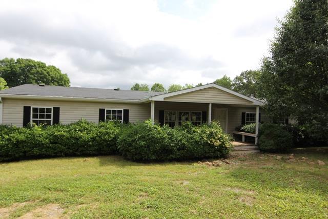 3353 Ridge Rd, Cedar Hill, TN 37032