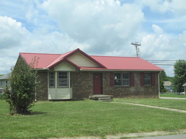 700 Shelton Cir, Clarksville, TN 37042