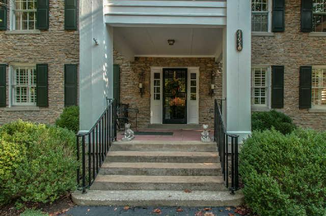 Rental Homes for Rent, ListingId:34527144, location: 4402 Harding Pl Apt 2 Nashville 37205