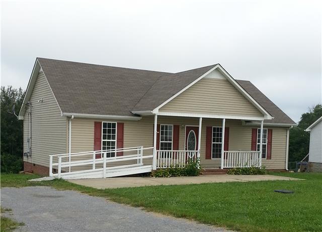 38 Ridgeline Dr, Fayetteville, TN 37334
