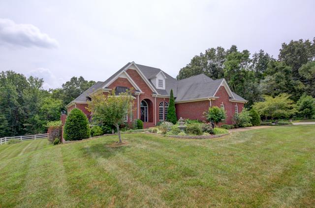 1071 Oak Plains Rd, Clarksville, TN 37043