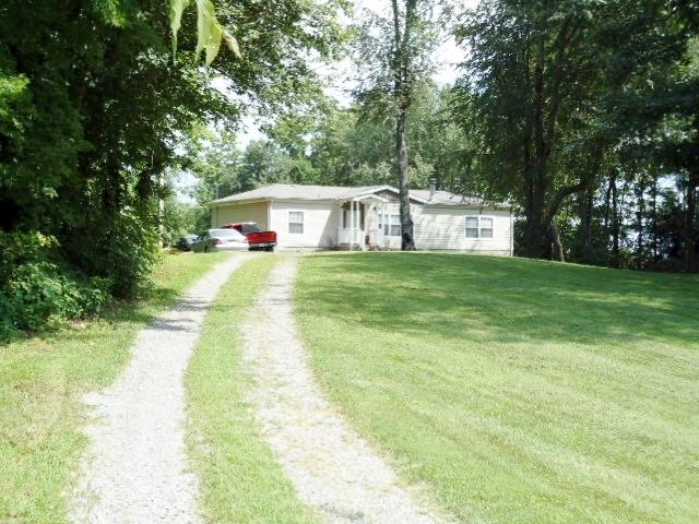 6099 Price Rd, Orlinda, TN 37141