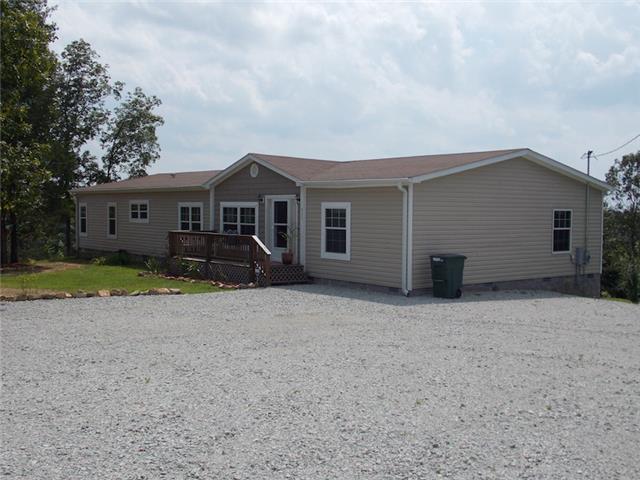 Real Estate for Sale, ListingId: 34653736, Lobelville,TN37097