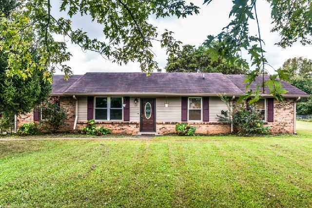 610 Lake Farm Rd, Smyrna, TN 37167