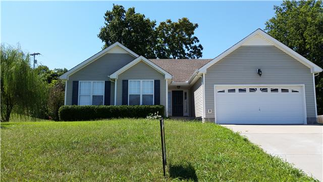 812 Cindy Jo Ct, Clarksville, TN 37040