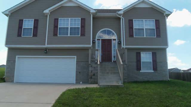 Rental Homes for Rent, ListingId:34736900, location: 1604 BROAD Cir Clarksville 37042