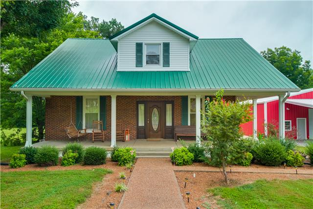 1112 W Church St, Orlinda, TN 37141