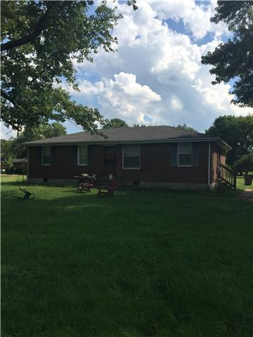 Rental Homes for Rent, ListingId:34849642, location: 3001 Hummingbird Dr Nashville 37218