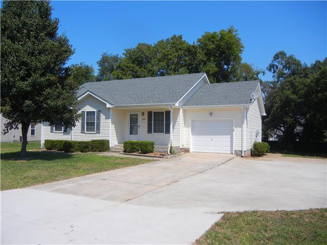 Rental Homes for Rent, ListingId:34908242, location: 1043 Waterford Circle Clarksville 37040