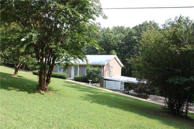 1159 Riverview Rd, Centerville, TN 37033