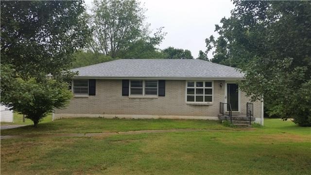 204 Bates Dr, Springfield, TN 37172