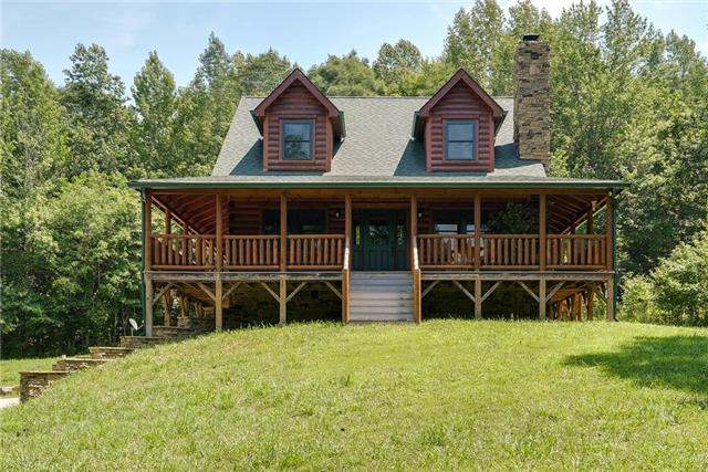 3899 Jarman Hollow Rd, Palmyra, TN 37142