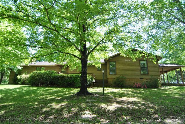 Real Estate for Sale, ListingId: 35021897, Charlotte,TN37036
