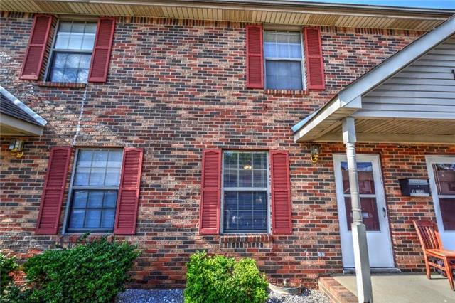 Rental Homes for Rent, ListingId:35052093, location: 105 Hickory Trace Unit 3 Clarksville 37040
