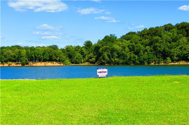 1238 Whites Creek Ln, Decaturville, TN 38329