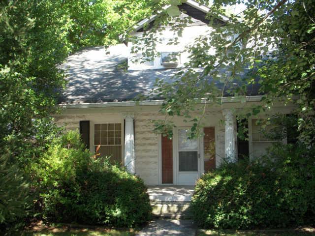 320 N Oak St, Springfield, TN 37172