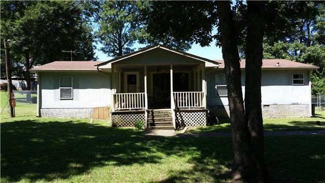 142 Hickory St, La Vergne, TN 37086