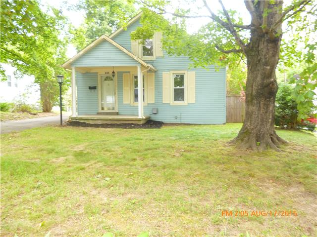 712 W Walnut St, Dickson, TN 37055