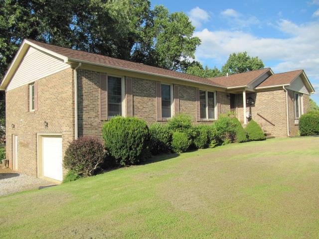 717 Greenwood Dr, Mc Minnville, TN 37110