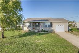 106 Gleaves Ln, Oak Grove, KY 42262