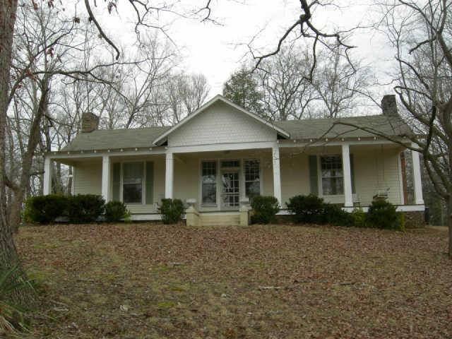 Rental Homes for Rent, ListingId:35107860, location: 526 W. Main McMinnville 37110