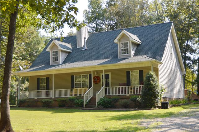 1650 Moss Rd, Chapel Hill, TN 37034