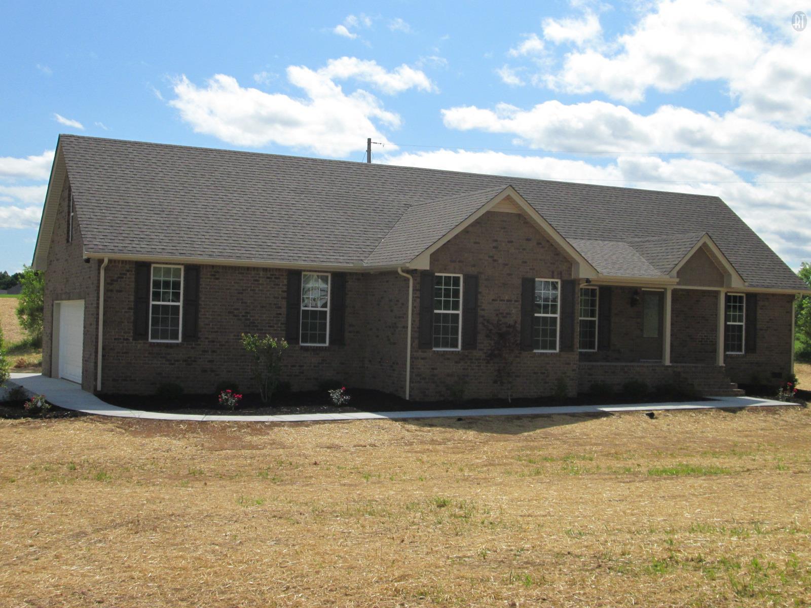 3419 Kinneys Rd, Cedar Hill, TN 37032