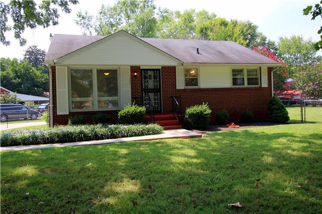 1002 Olympia Pl, Murfreesboro, TN 37130