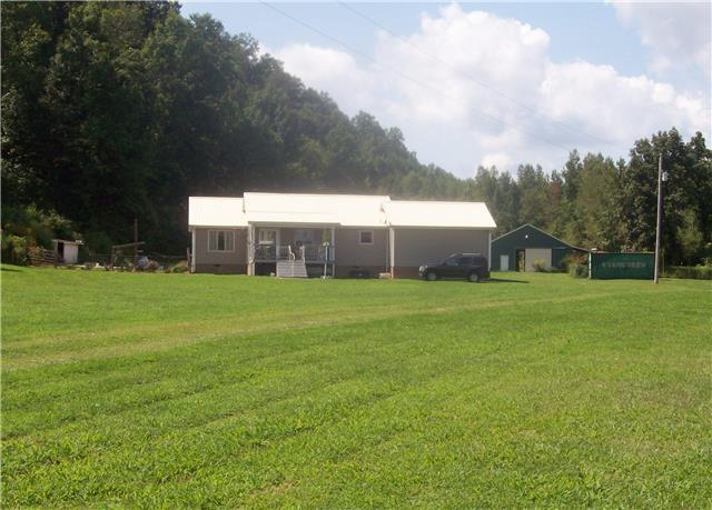 840 Brushy Rd, Centerville, TN 37033