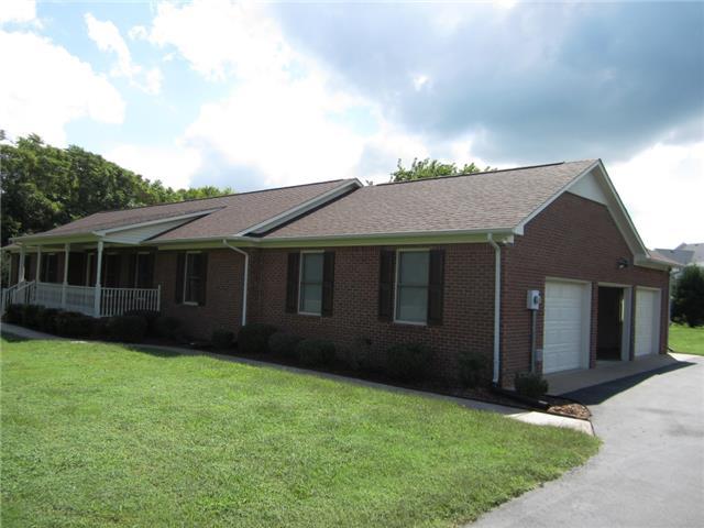 1613 Hayes Denton Rd, Columbia, TN 38401