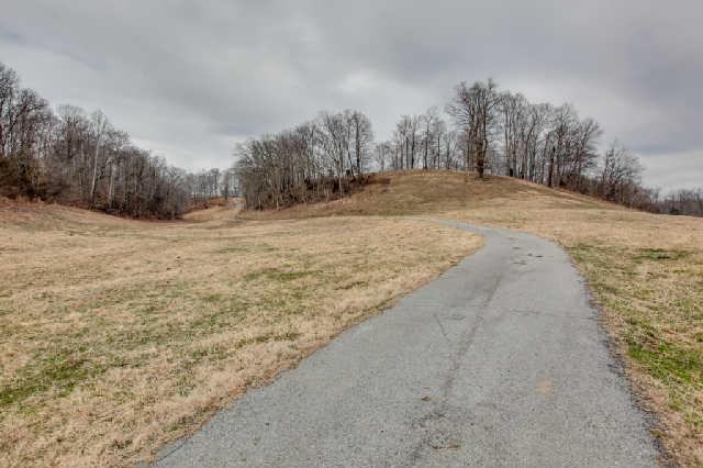5869 Leipers Creek Rd, Columbia, TN 38401