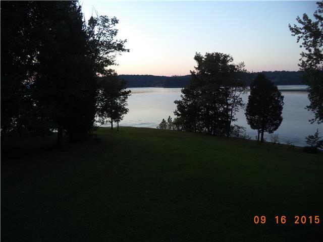 90 Timber Lake Ln, Waverly, TN 37185