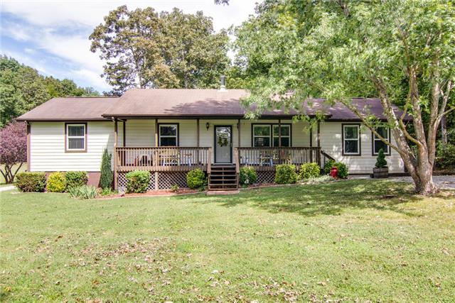 3128 E Beaverdam Rd, Centerville, TN 37033