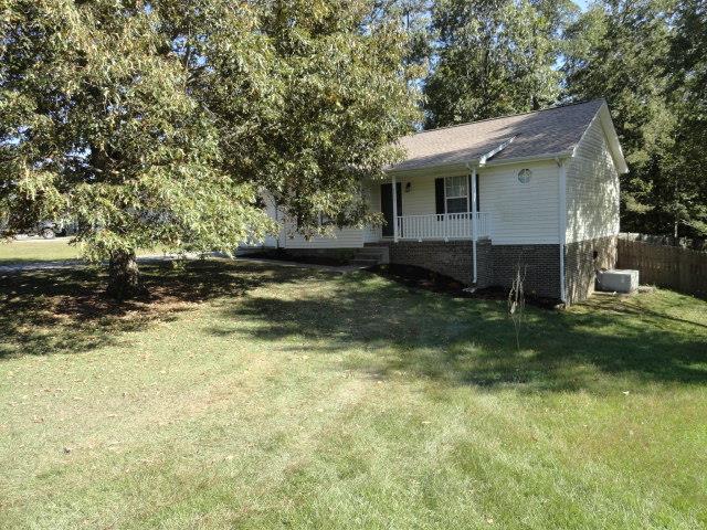 2930 Charlie Sleigh Rd, Woodlawn, TN 37191