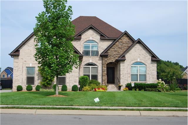 1312 Stewart Creek Rd, Murfreesboro, TN 37129