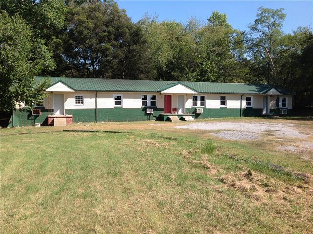 215 Oak St, Clarksville, TN 37042
